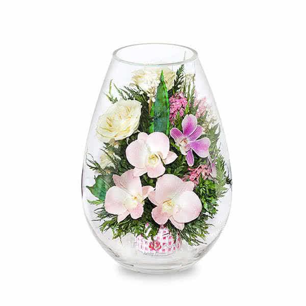 Орхидеи с айвори розами в средней каплевидной вазе