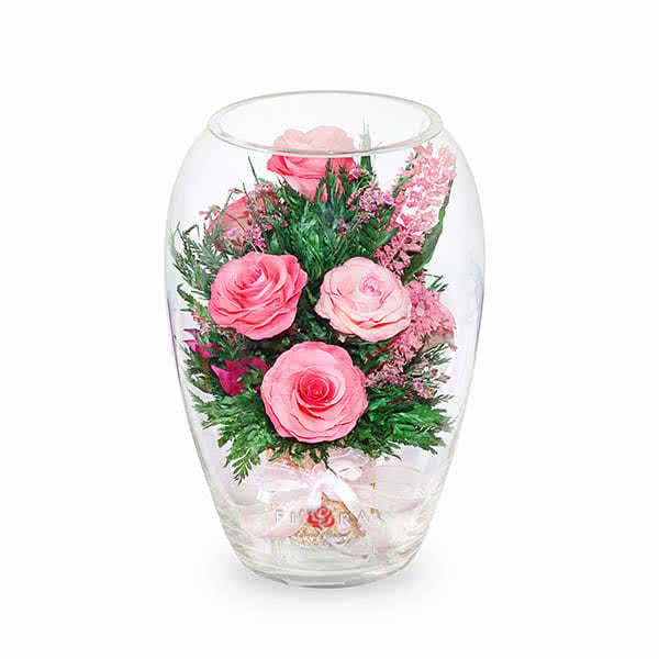 Ярко-розовые и светло-розовые розы в вазе большой эллипс