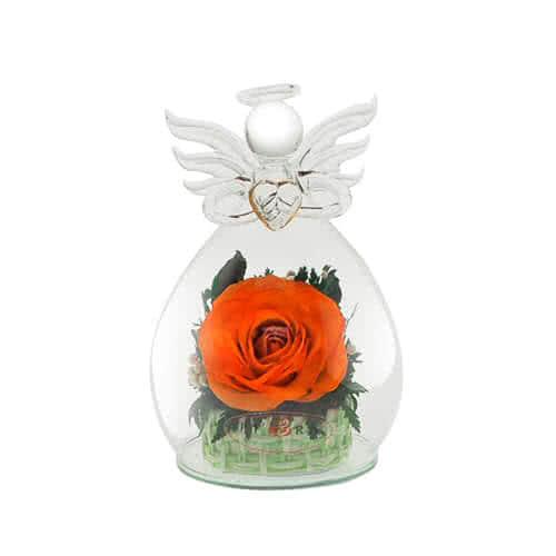 Оранжевая роза в вазе формы ангела с сердцем