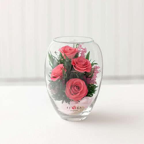 Ярко-розовые розы в вазе малый эллипс